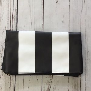 5 for $25 | Saks Fifth Avenue Clutch